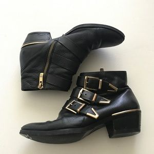 Vince Camuto Shoes - Vince Camuto Black Boot Sz 5.5 Three Buckle Accent